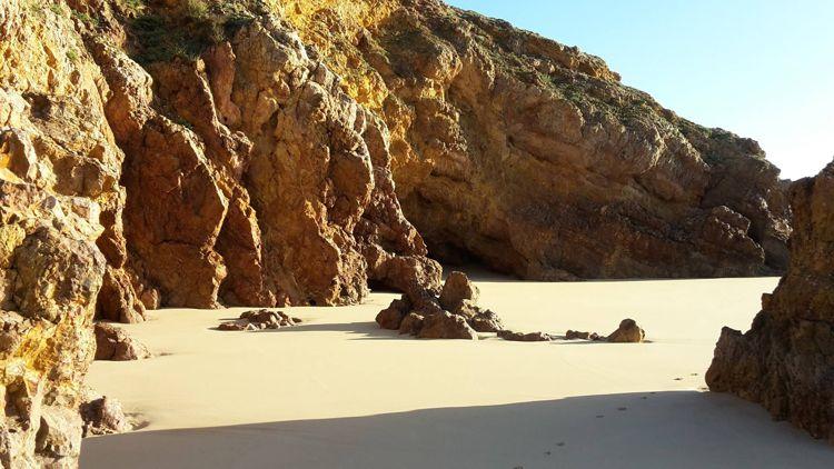 Gleicher Strand wie eben, bei Ebbe.