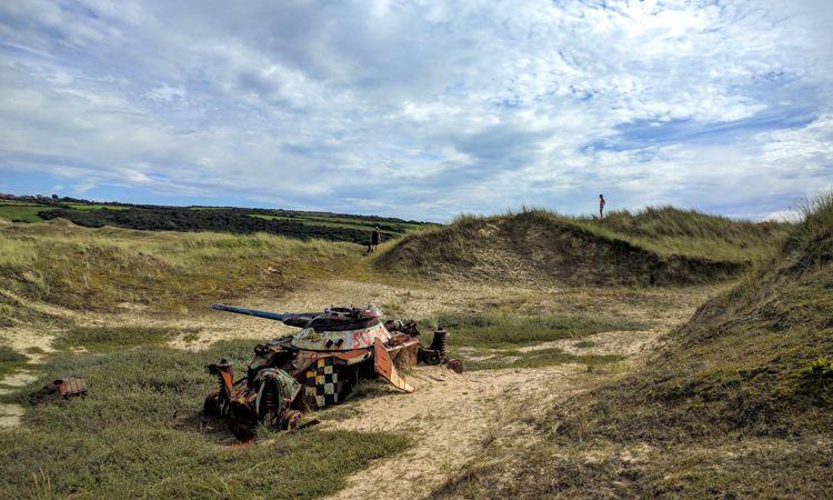 Panzersuche in den Dünen von Biville