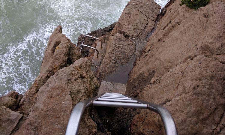 Klettersteig in Peniche, direkt ins Meer? Heute nicht ...