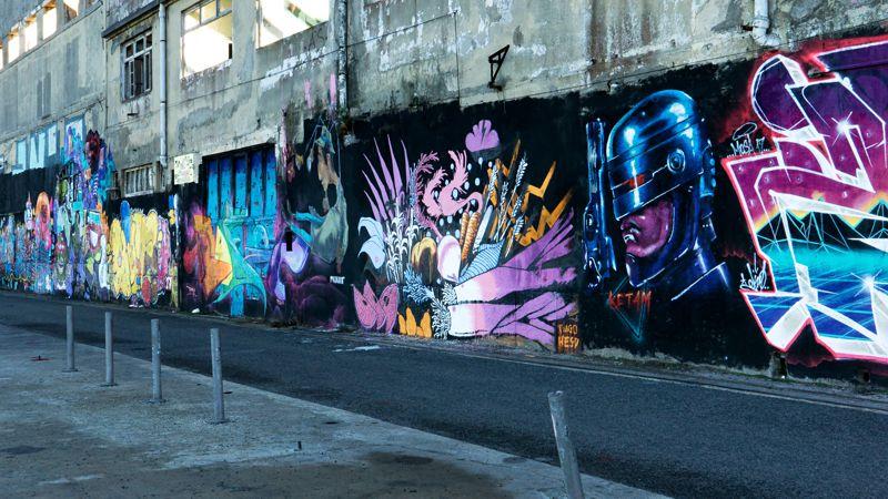 Lissabon, Stadtteil Almade: viel Streetart