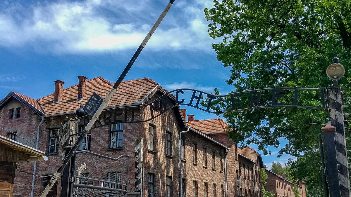 Eingang des Konzentrationslager in Auschwitz