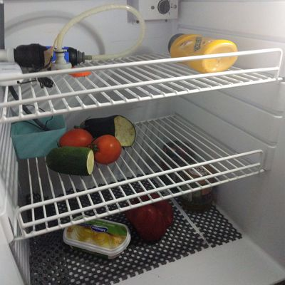 Kühlschrank leer, was tun?