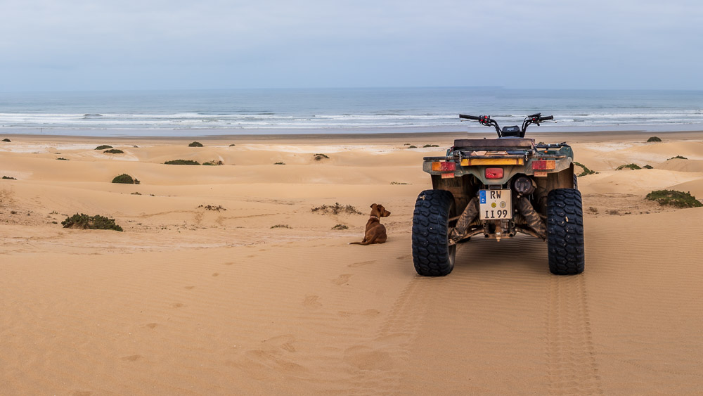 Mit dem Quad am Strand von Marokko