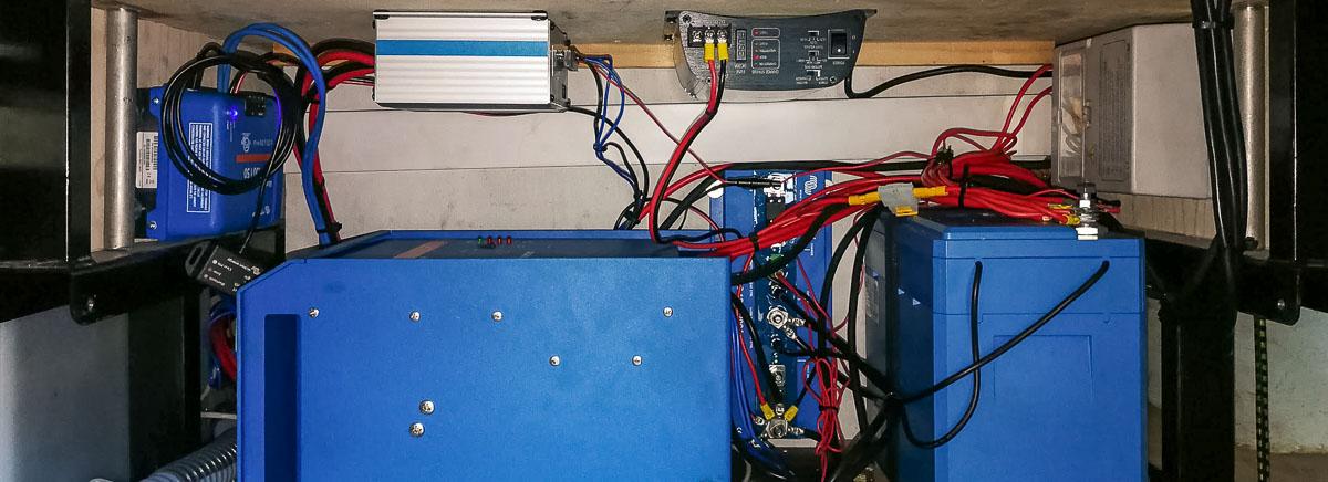 Stromversorgung im Wohnmobil Kapazität Batterie berechnen
