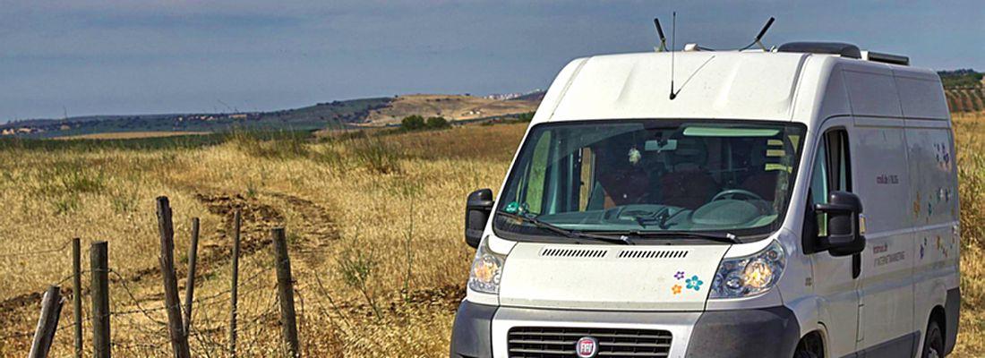 campingbusausbau welchen transporter zum wohnmobil ausbauen. Black Bedroom Furniture Sets. Home Design Ideas