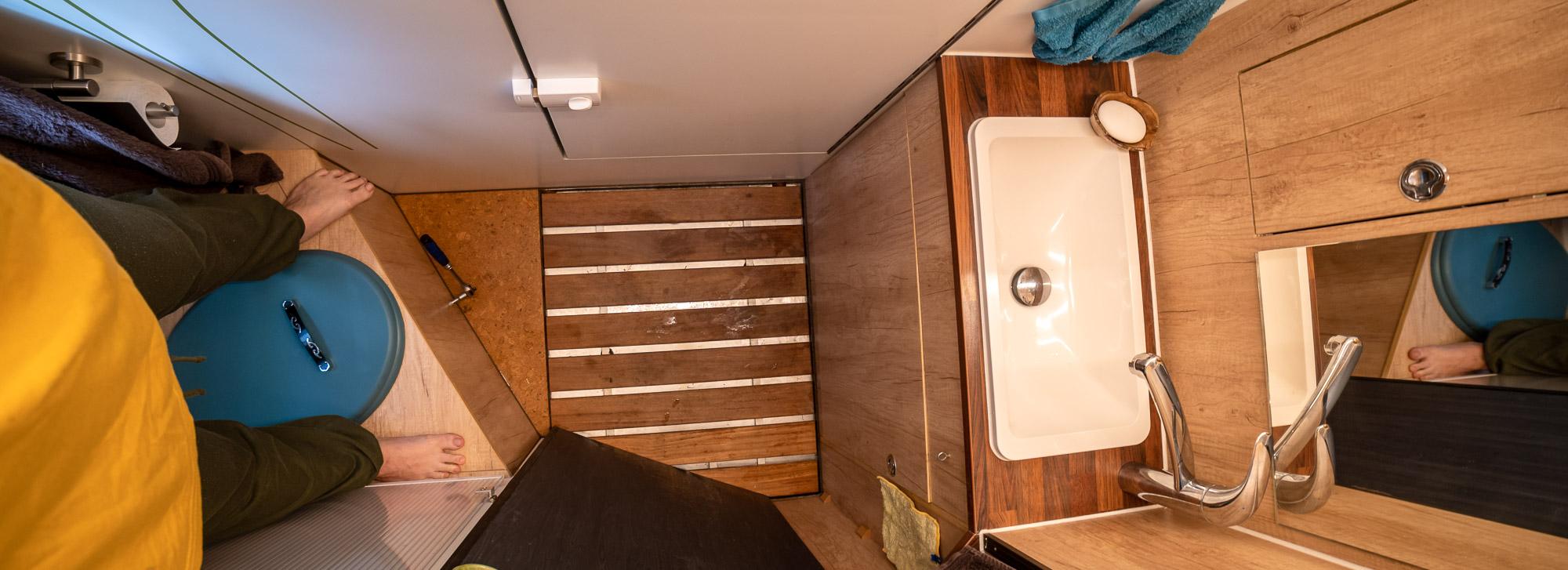 Das perfekte Bad im Wohnmobil: mit Waschmaschine und Komposttoillette