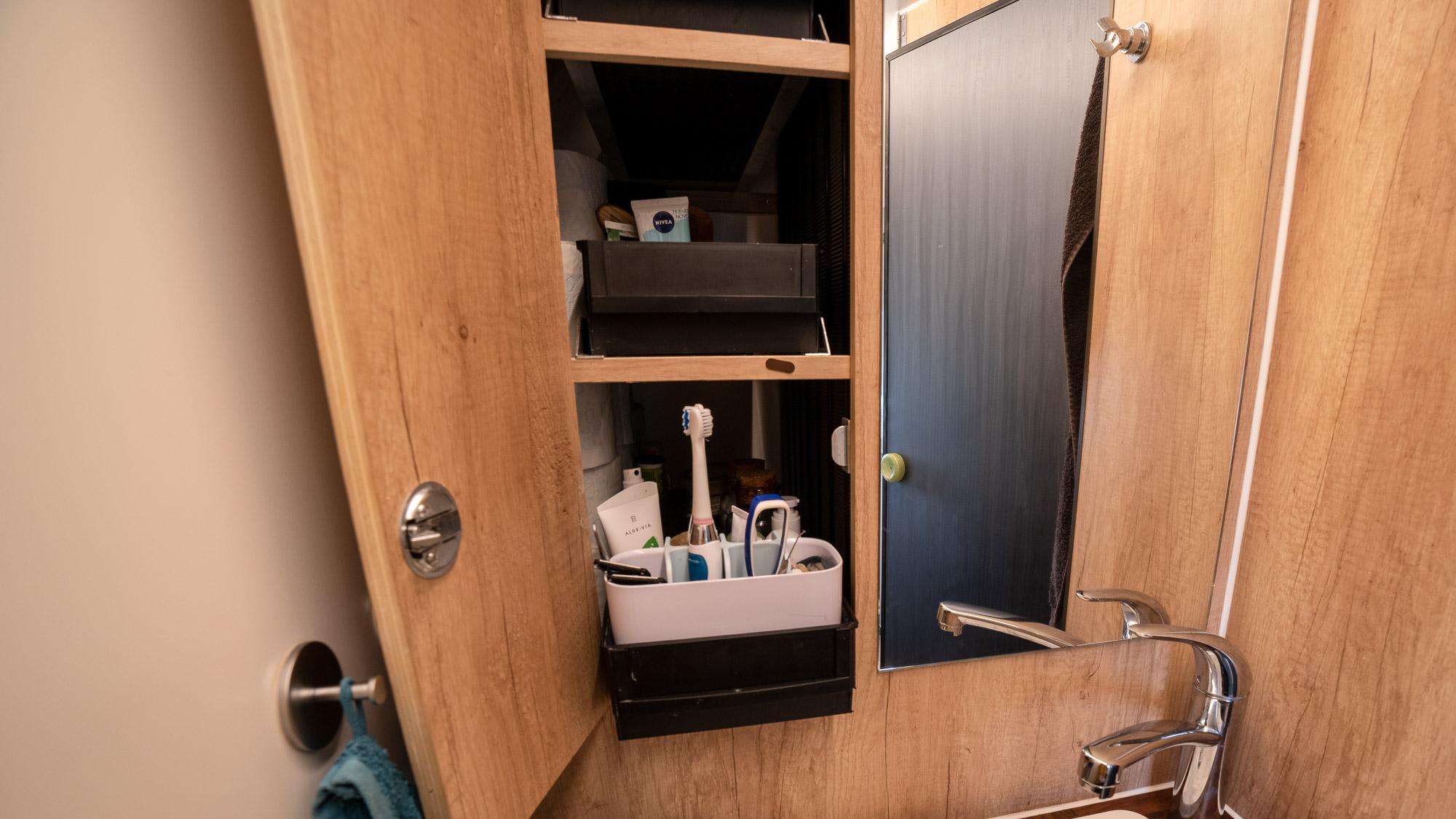 Badschrank im Wohnmobil