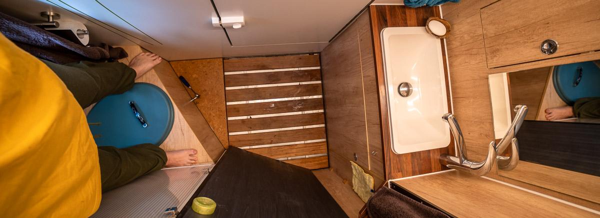 Grundriss Planung Allrad Wohnmobil: ein echtes Bad